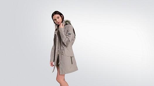 KORY V5.Y2.01 Taurex® Parka khaki Model Foto Alpha Tauri