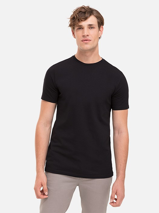 BARU Round Neck Taurex® T-Shirt black Model shot Alpha Tauri