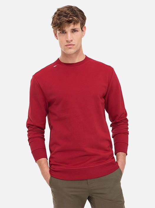SEGA V2.Y2.02 Taurex® Sweatshirt with Back Print red Model shot Alpha Tauri