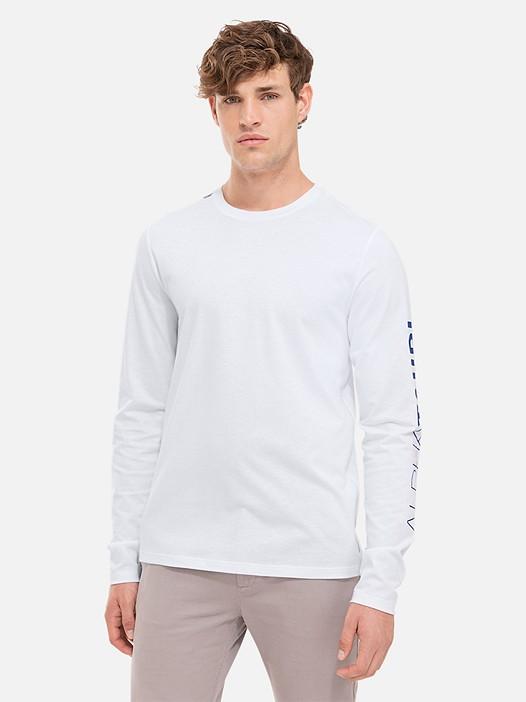 JOSO V1.Y2.01 Taurex® Long-Sleeved T-Shirt with Logo Print white Model shot Alpha Tauri