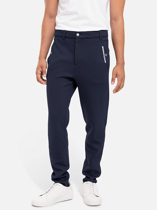 PRYK V3.Y2.02 Sweatpants with Print navy Model shot Alpha Tauri