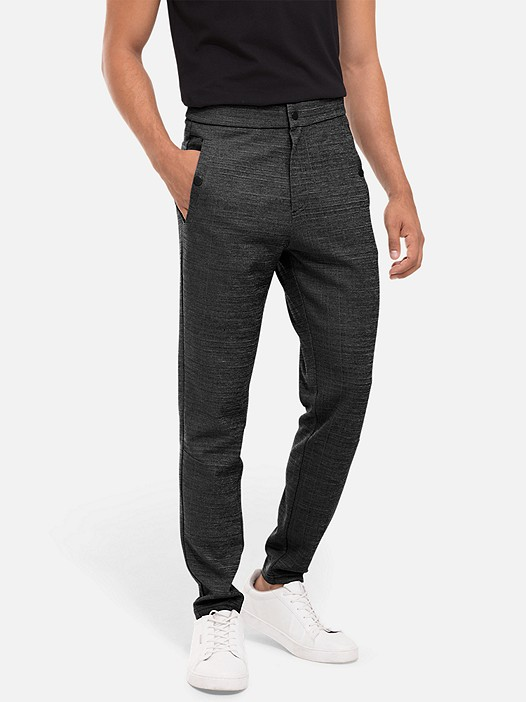 PRYK V3.Y2.02 Sweatpants with Print grey / melange Model shot Alpha Tauri