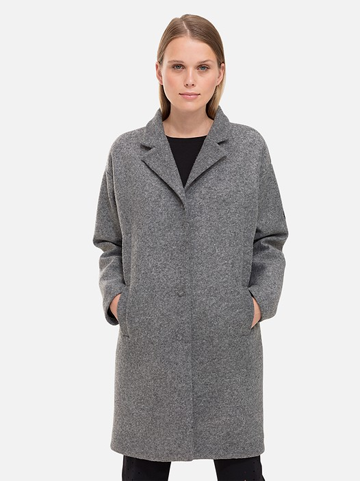 OKKA V1.Y2.02 Woolen Coat with Jersey Lining grey / melange Model shot Alpha Tauri
