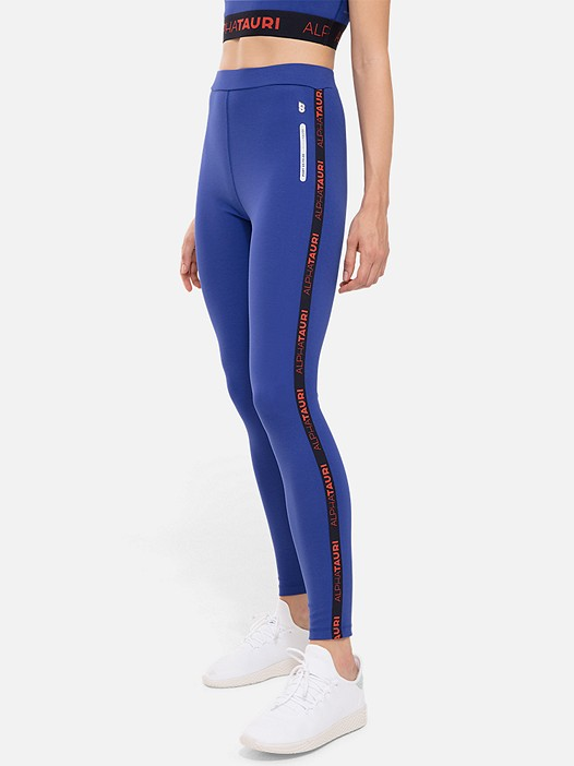 PORT V2.Y2.02 Sporty Leggings blue Model shot Alpha Tauri