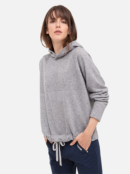 FERA V1.Y2.02 Knitted Hoodie with Cashmere grey / melange Model shot Alpha Tauri