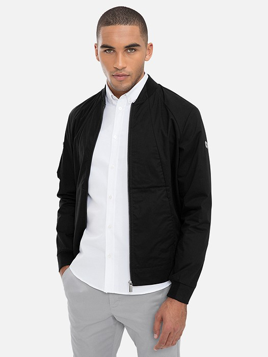 OBOMB V1.Y3.02 Classic Cotton Bomber Jacket black Model shot Alpha Tauri