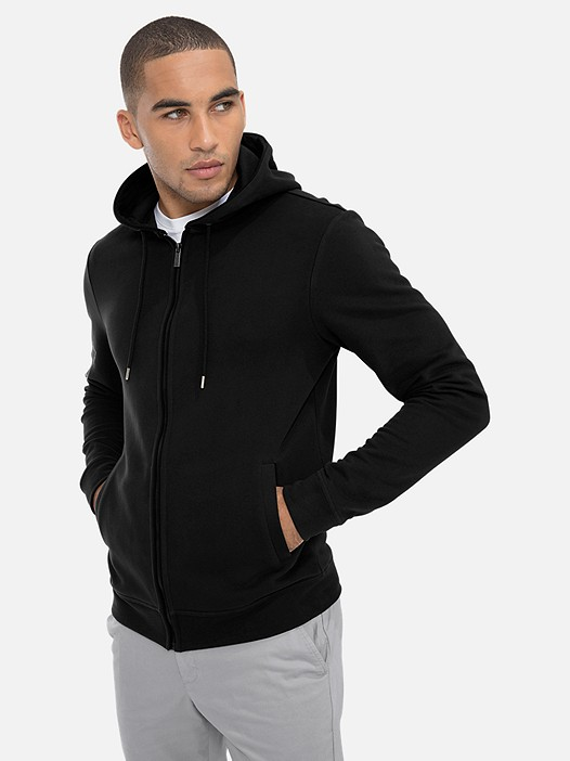 SHATT V1.Y3.0 Zip-Hoodie with Taurex® Technology black Model shot Alpha Tauri
