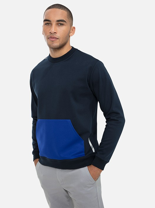 SITAK V1.Y3.01 Sweatshirt with Kangaroo Pocket navy Model shot Alpha Tauri