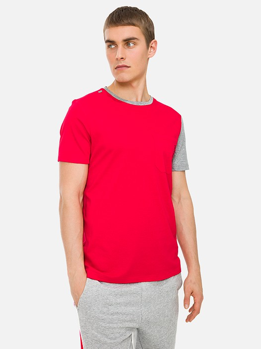 JAMBT V1.Y3.01 Colour-Block T-Shirt with Chest Pocket and Taurex® Technology red Model shot Alpha Tauri