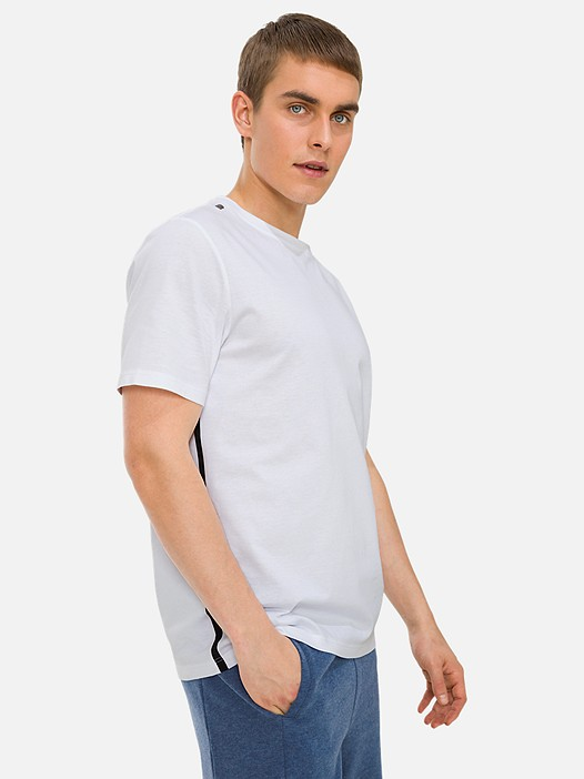 JOLOT V1.Y3.01 Classic Taurex® T-Shirt with Side-Stripes white Model shot Alpha Tauri