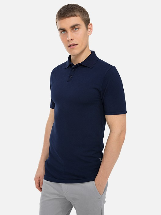 FILAV V1.Y3.01 Technical Circular-Knit Polo Shirt blue Model shot Alpha Tauri