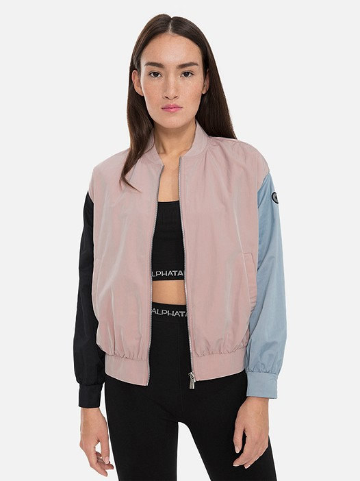 OUMU V1.Y3.01 Women's Bomberjacket beige / other Model shot Alpha Tauri