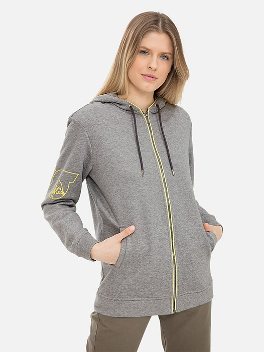 SIMAT V2.Y3.01 Hooded Sweatjacket with Taurex® Technology grey / melange Model shot Alpha Tauri