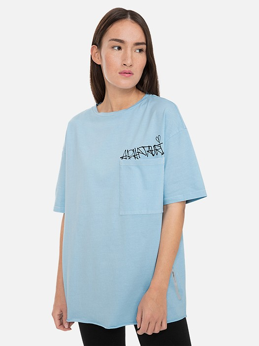 JAUSH V1.Y3.01 Oversized T-Shirt with Chest Pocket light blue Model shot Alpha Tauri