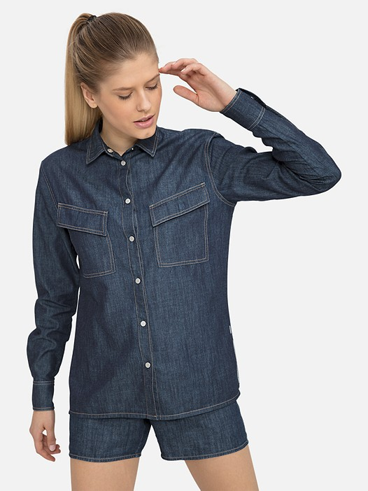 WENIM V1.Y3.01 Denim-Look Blouse blue Model shot Alpha Tauri
