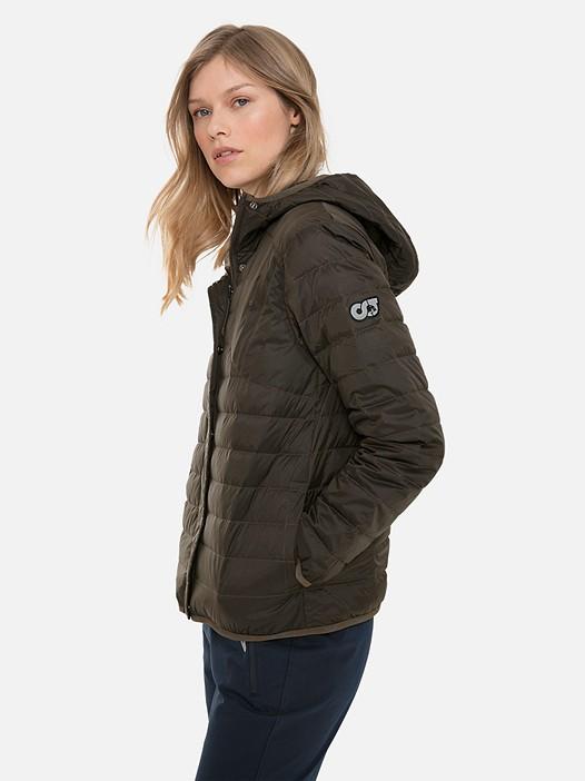OPADI V1.Y3.02 Quilted Primaloft® Packable Jacket khaki Model shot Alpha Tauri