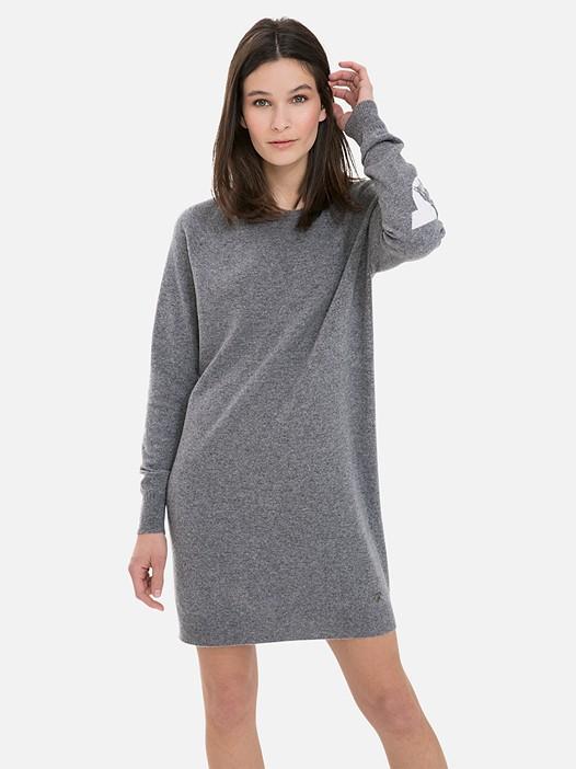 FIVE V2.Y3.02 3D Knit Cashmere-Blend Dress dark grey Model shot Alpha Tauri